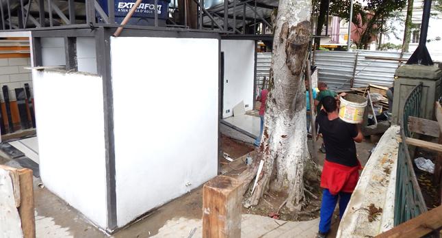 Parceria também revitaliza a Praça dos Andradas